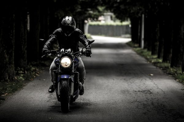 biker-407123_1920